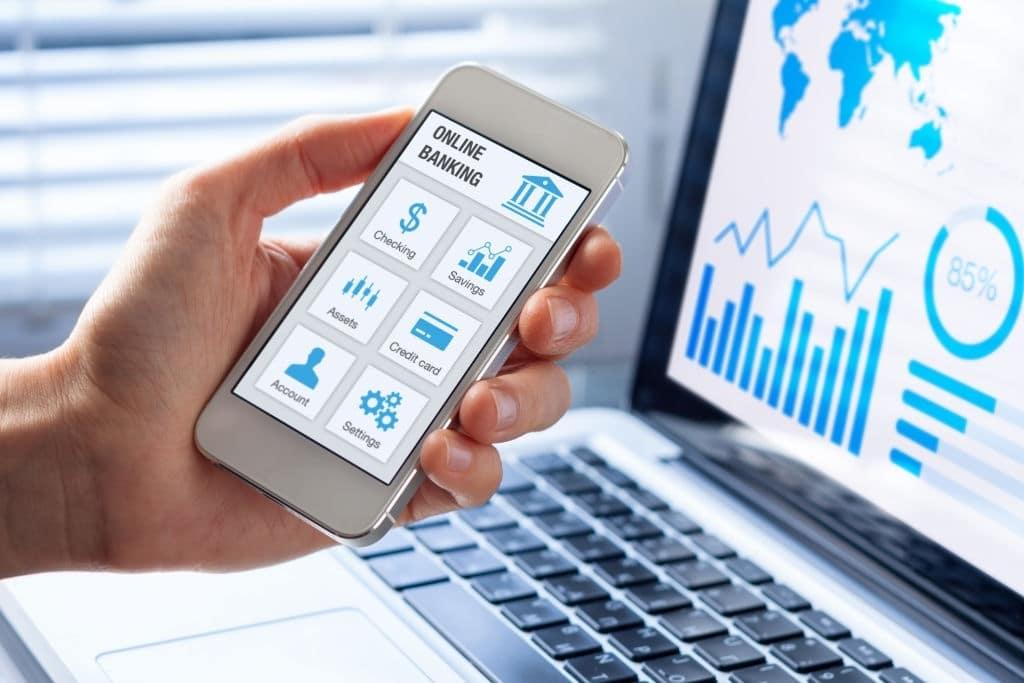Darte de alta en Liberbank online te permitirá acceder a servicios virtuales.